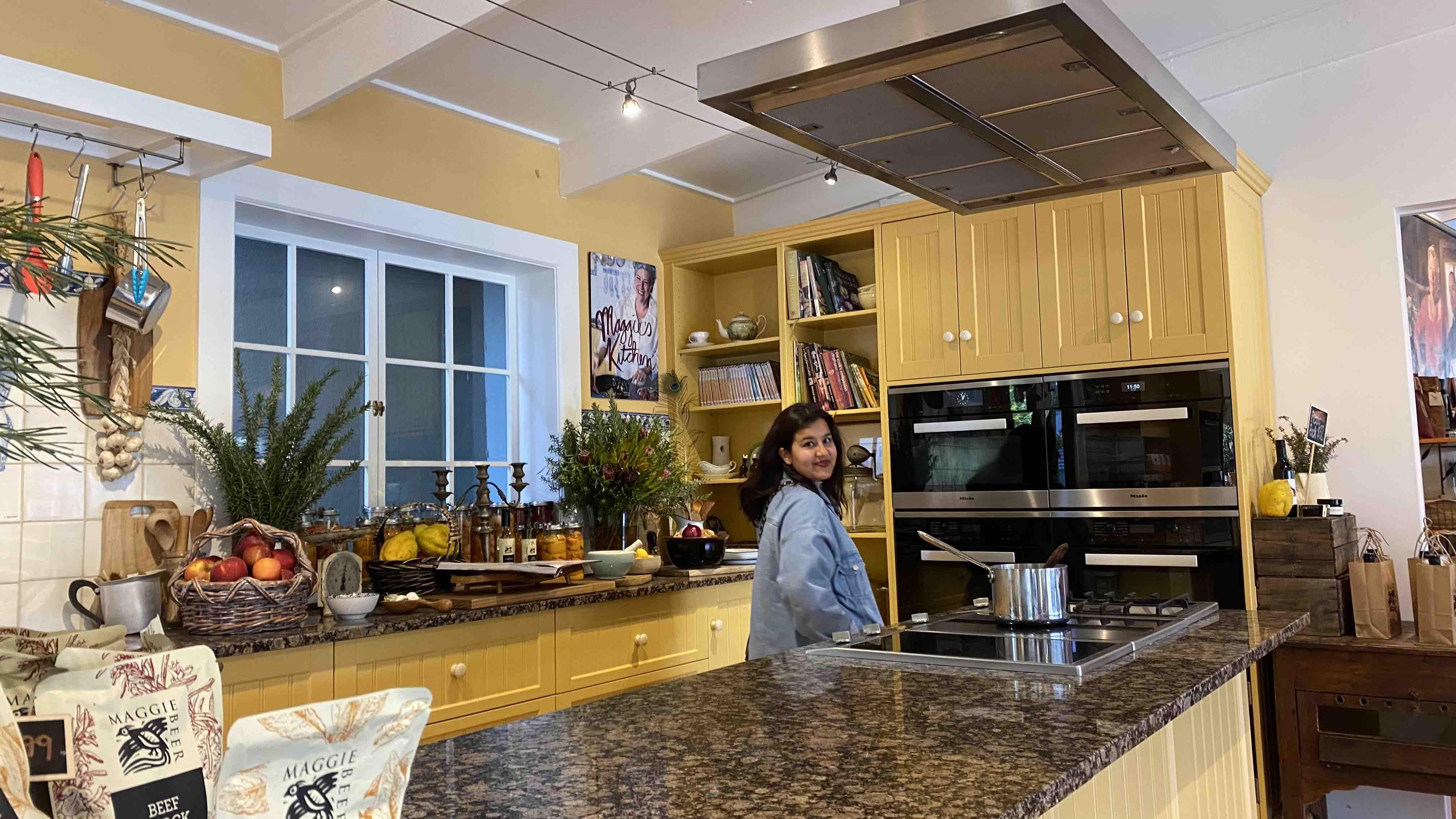 Maggie beer farm kitchen tv set